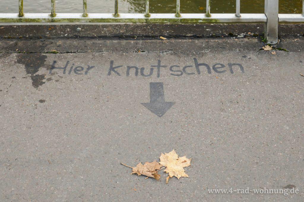 Hier Knutschen